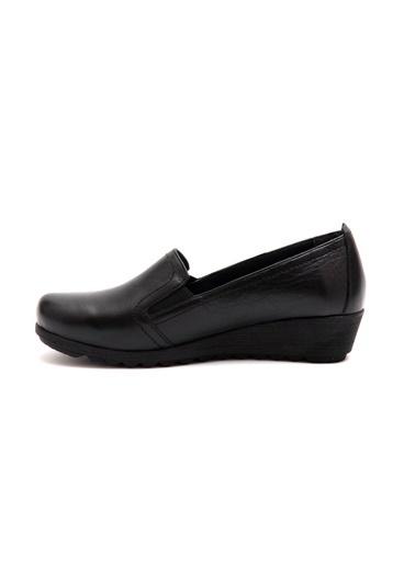 Ayakkabı-Beta